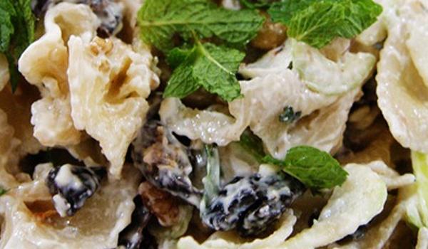 55 - Salada de macarrão deliciosa