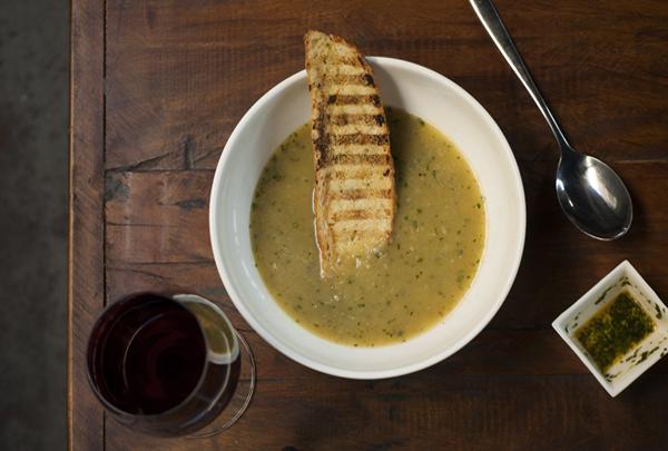Minestra de Zucchini Cacio ed Uova Mangiare5 home - Receita de Minestra