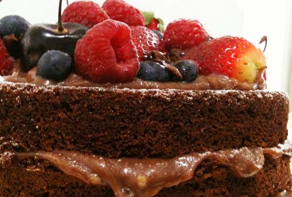 5 Bolo de Chocolate Andrea Schwarz Home - Naked Cake Brigadeiro