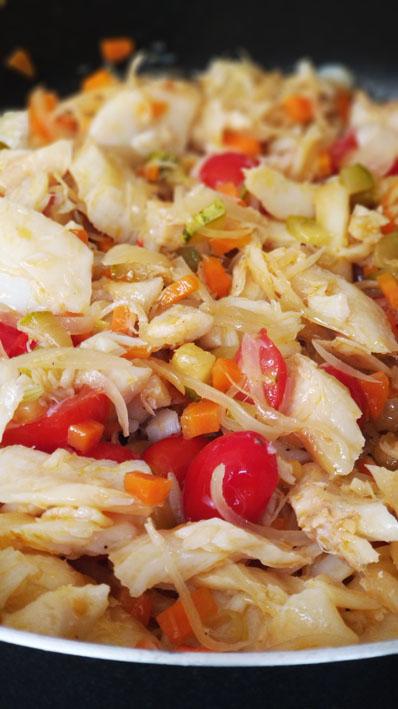 Receitas de Bacalhau  Refogado de Bacalhau bx - 20 Receitas de Bacalhau