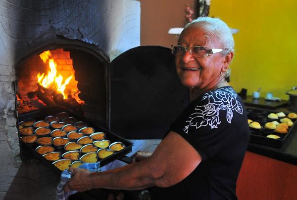 Dona Eulália - O Bolinho doce de arroz da Dona Eulália de Cuiabá