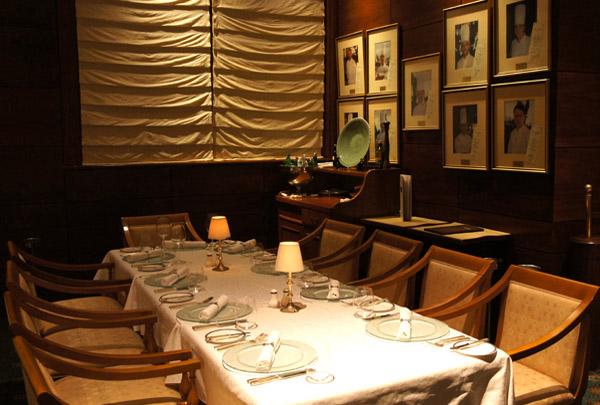 St. Tropez - St. Tropez restaurante Conrad Punta del Este