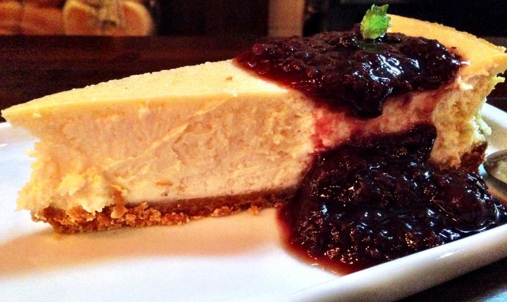 Cheesecake foto Cuecas na Cozinha 1024x609 - Holy Burger