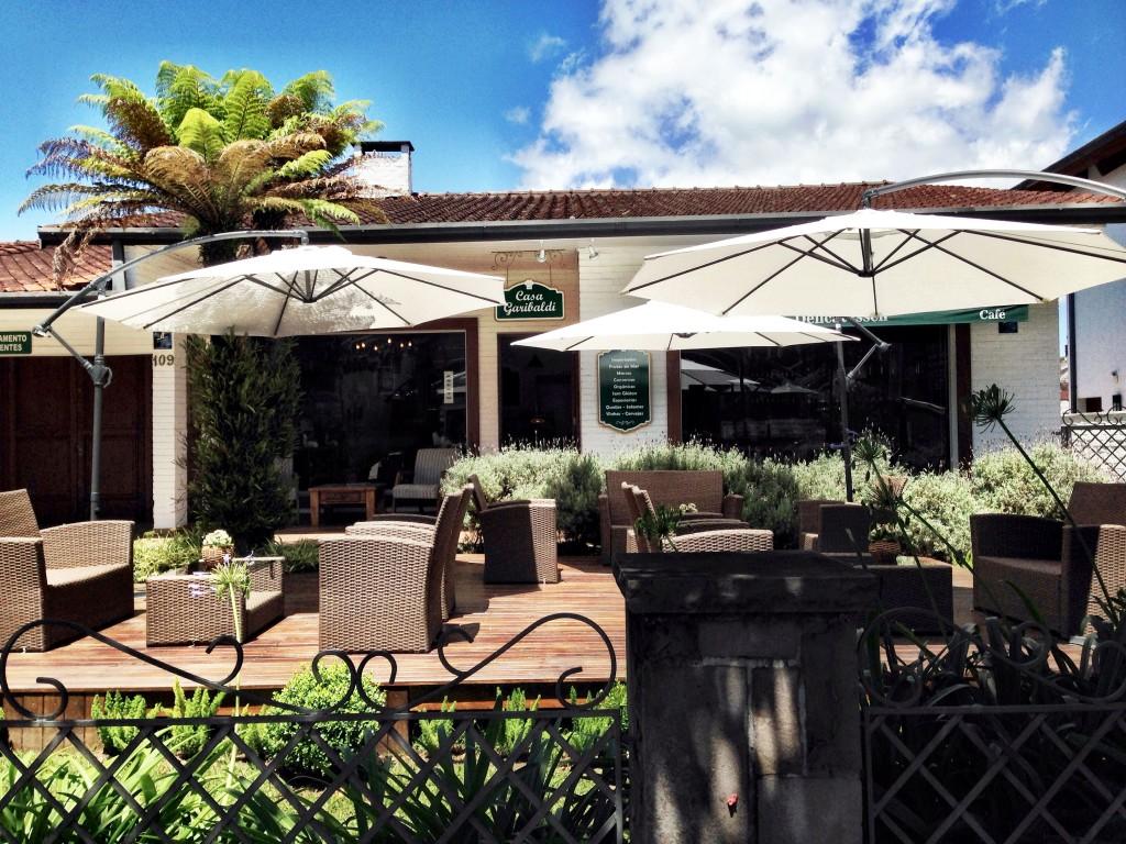 Casa Garibaldi foto Cuecas na Cozinha2 1024x768 - Onde Comer em Gramado