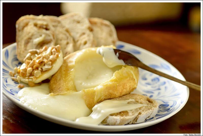 Capril do Bosque queijo foto Tadeu Brunelli - Capril do Bosque
