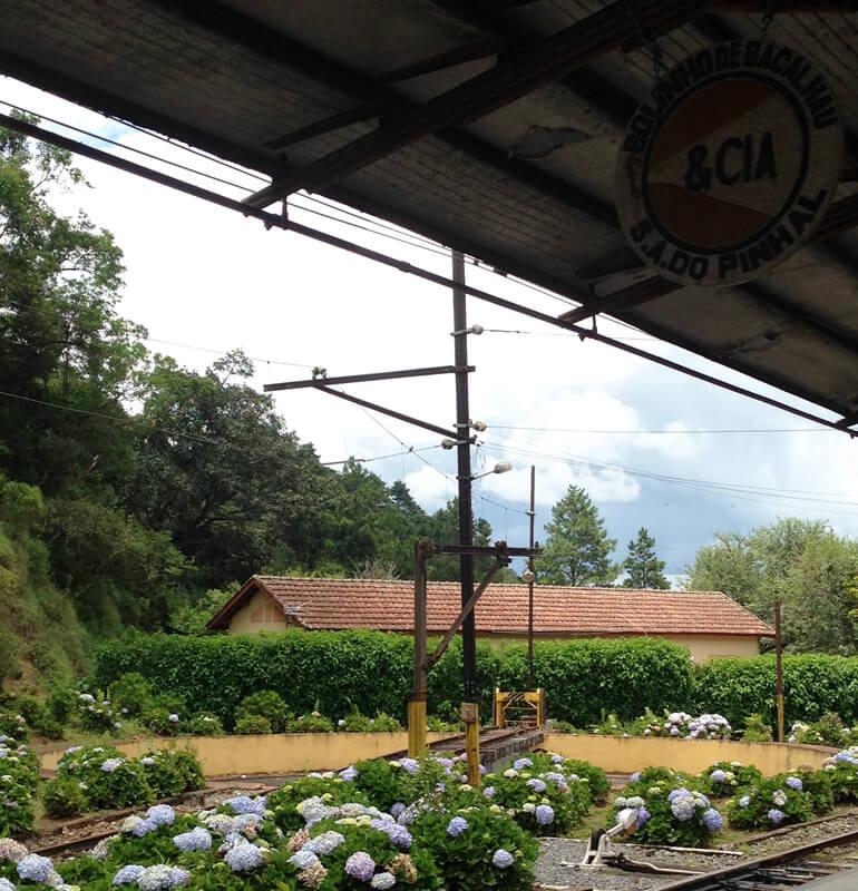 Estação de trem Eugênio Lefréve Santo Antonio do Pinhal foto Cuecas na Cozinha - Bolinho de bacalhau de Santo Antonio do Pinhal