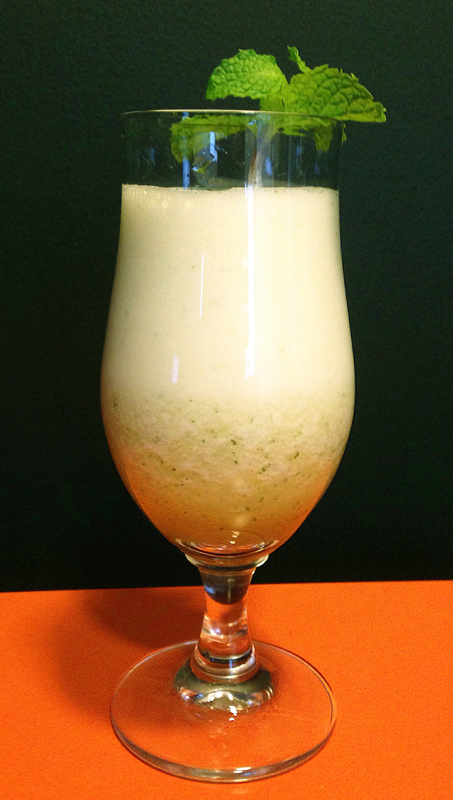 Drink de Abacaxi Cuecas na Cozinha - Drink com abacaxi