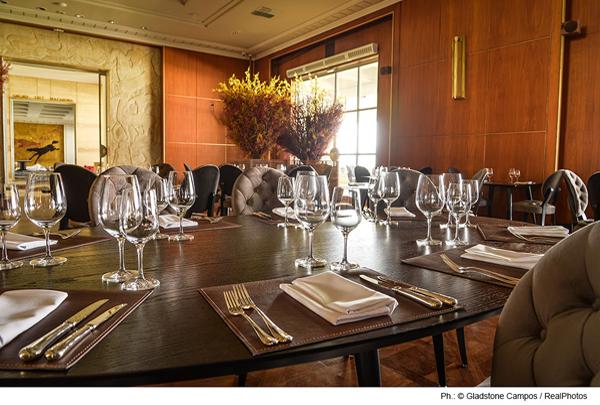 Valero Restaurante no Villa Jockey - Villa Jockey e restaurante Valero