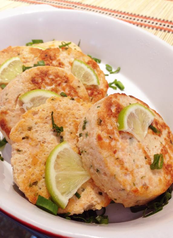 Petit Comité _hamburguer de salmao_foto Cuecas na Cozinha