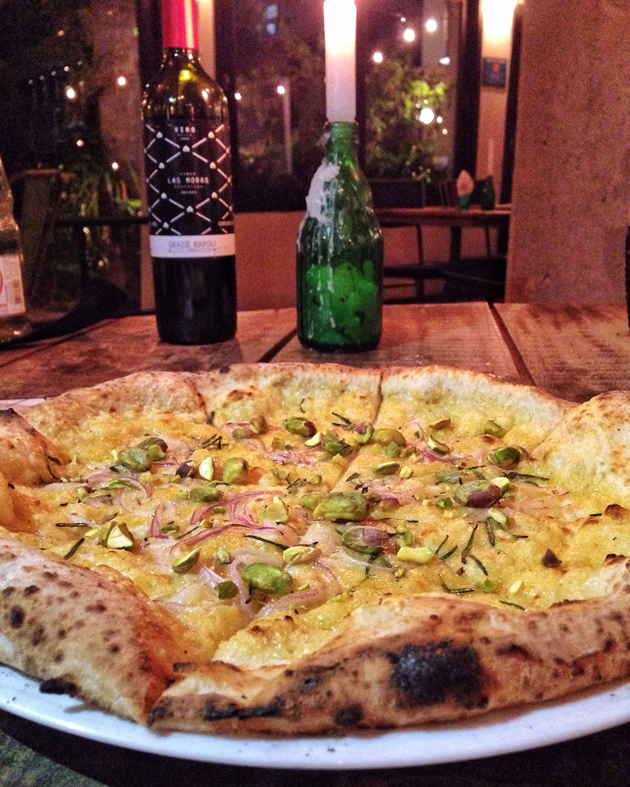 Grazie Napoli Pizza Rosa foto Cuecas na Cozinha - Grazie Napoli - pizzaria à moda de Nápoles