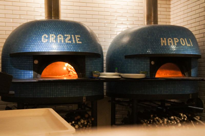Grazie Napoli  fornos  foto Jane Prado para Cuecas na Cozinha - Grazie Napoli - pizzaria à moda de Nápoles