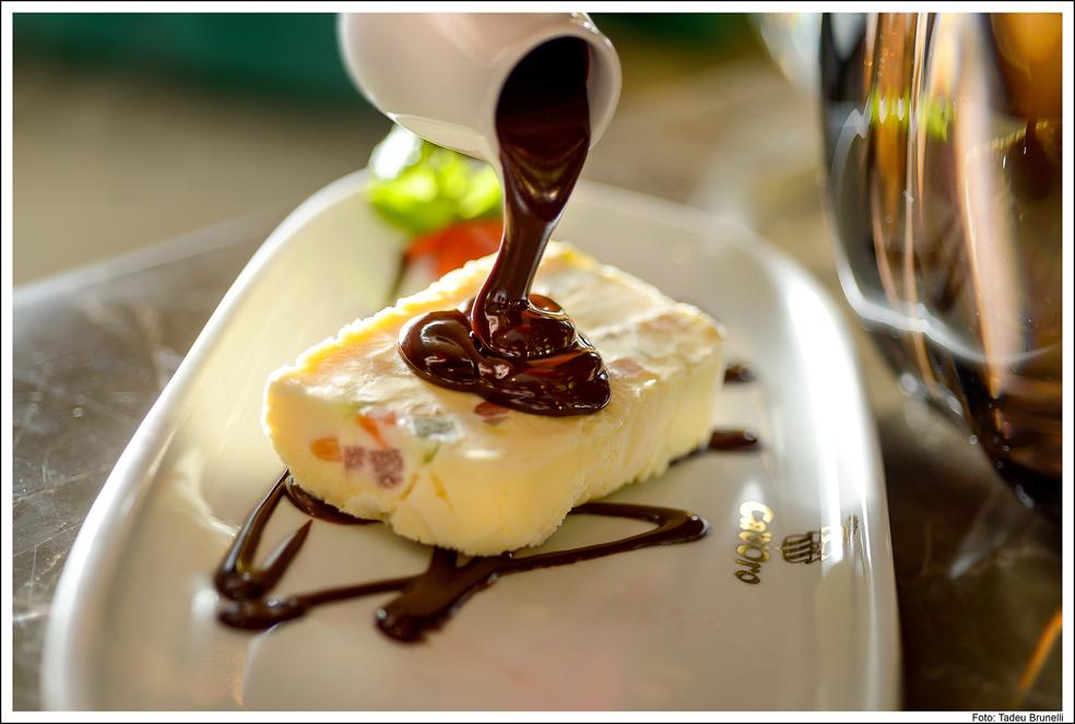 cadoro-hotel-e-restaurante-_cassata-cadoro-tadeu-brunelli-2
