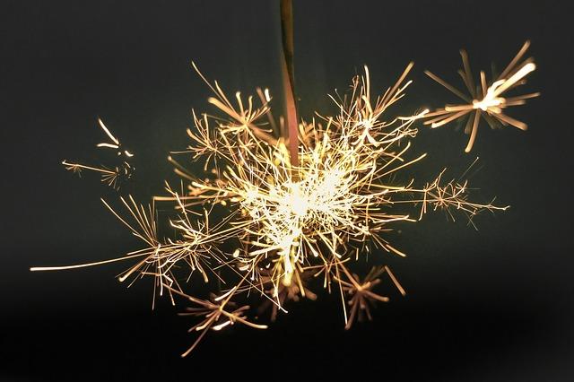 Ideias para decorar casa e mesa para o Ano Novo  fogos - Ideias para decorar casa e mesa para o Ano Novo