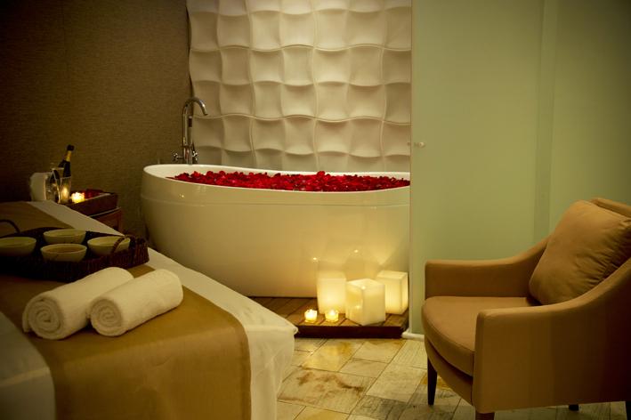 Casa Grande Hotel  Spa banheira vermelha ok - Casa Grande Hotel
