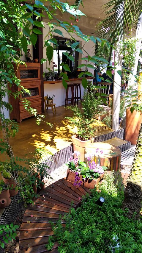 Gansaral  Jardim1 - Gansaral Café e Casa de Cultura no Campo Belo