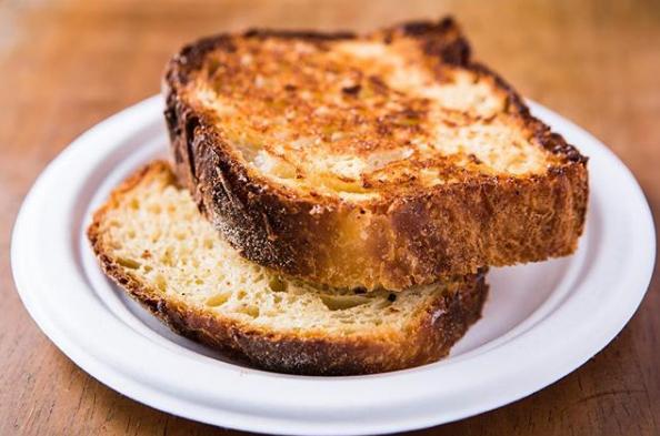 Pão com Pão  Brioche de Mandioca do Mocotó - Pão com Pão