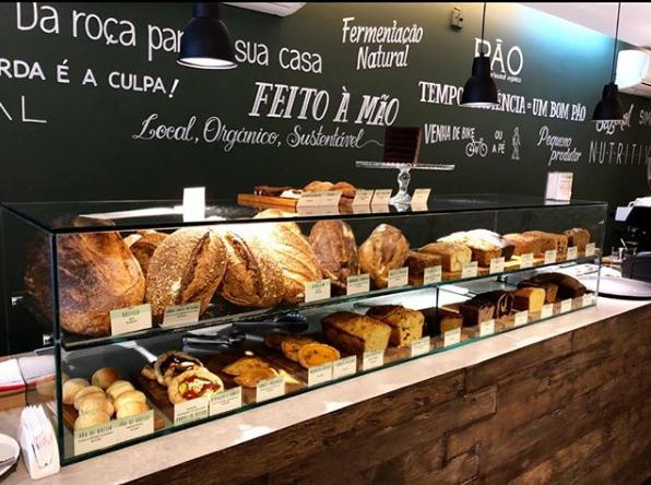 Pão com Pão  vitrine PAO - Pão com Pão
