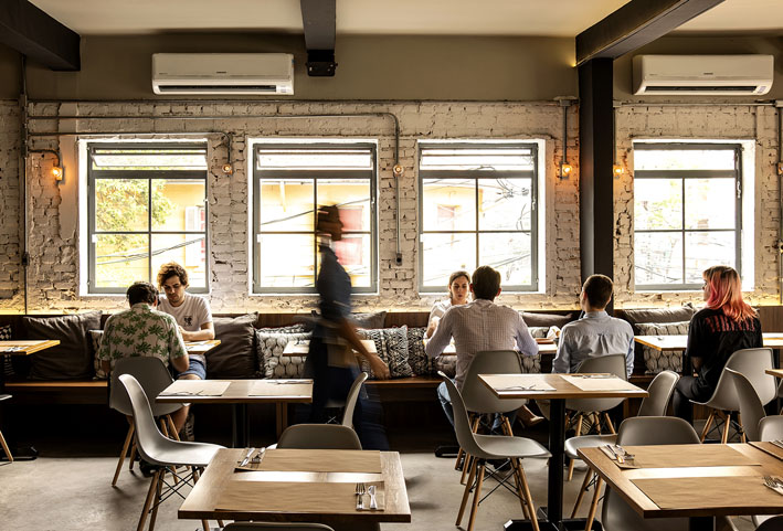 Kith Restaurante  salao romulo fialdini - Kith Restaurante