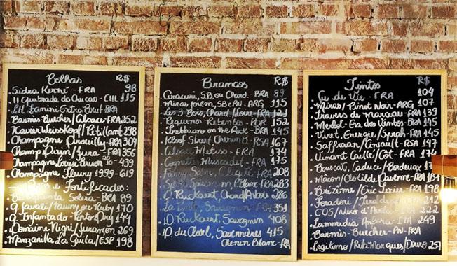Lousas com vinhos - Restaurante Cepa