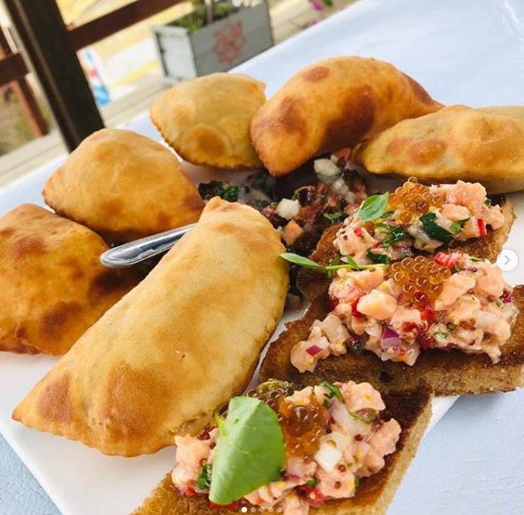 Festival de Cultura e Gastronomia de Gramado  Empanadas Chilenas do La Caleta - Festival de Cultura e Gastronomia de Gramado