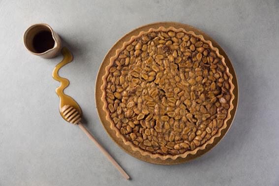 Pelos Povos da Floresta  Torta de amendoim com mel do Xingu MariliaZylbersztajn Leo Martins - Pelos Povos da Floresta