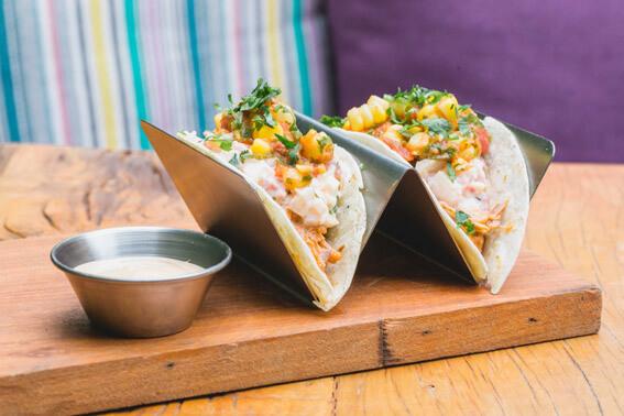 Teva Restaurante e Bar de Vegetais  Taco de Jaca Verde Teva - Teva Restaurante e Bar de Vegetais