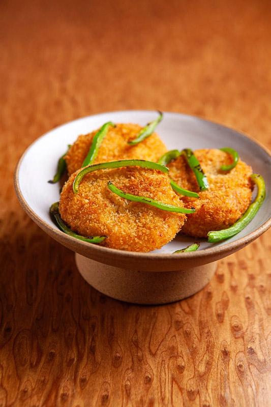 Culinaria Japonesa  Croquete de kabocha foto Codo Meletti - Culinária Japonesa