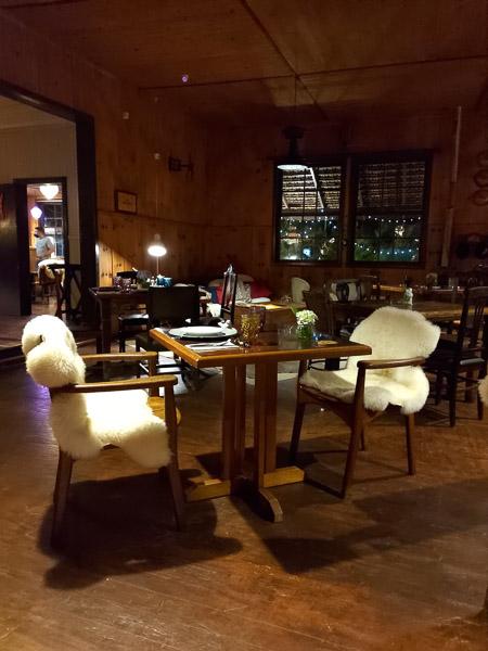 Parador Hampel   noite restaurante - Parador Hampel